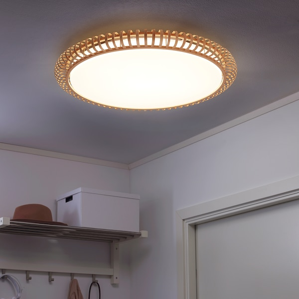 MYSKJA LED ceiling lamp w remote control, dimmable bamboo