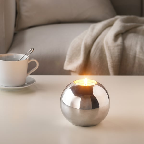 SINNLIG Scented candle in metal cup, Sweet vanilla/natural