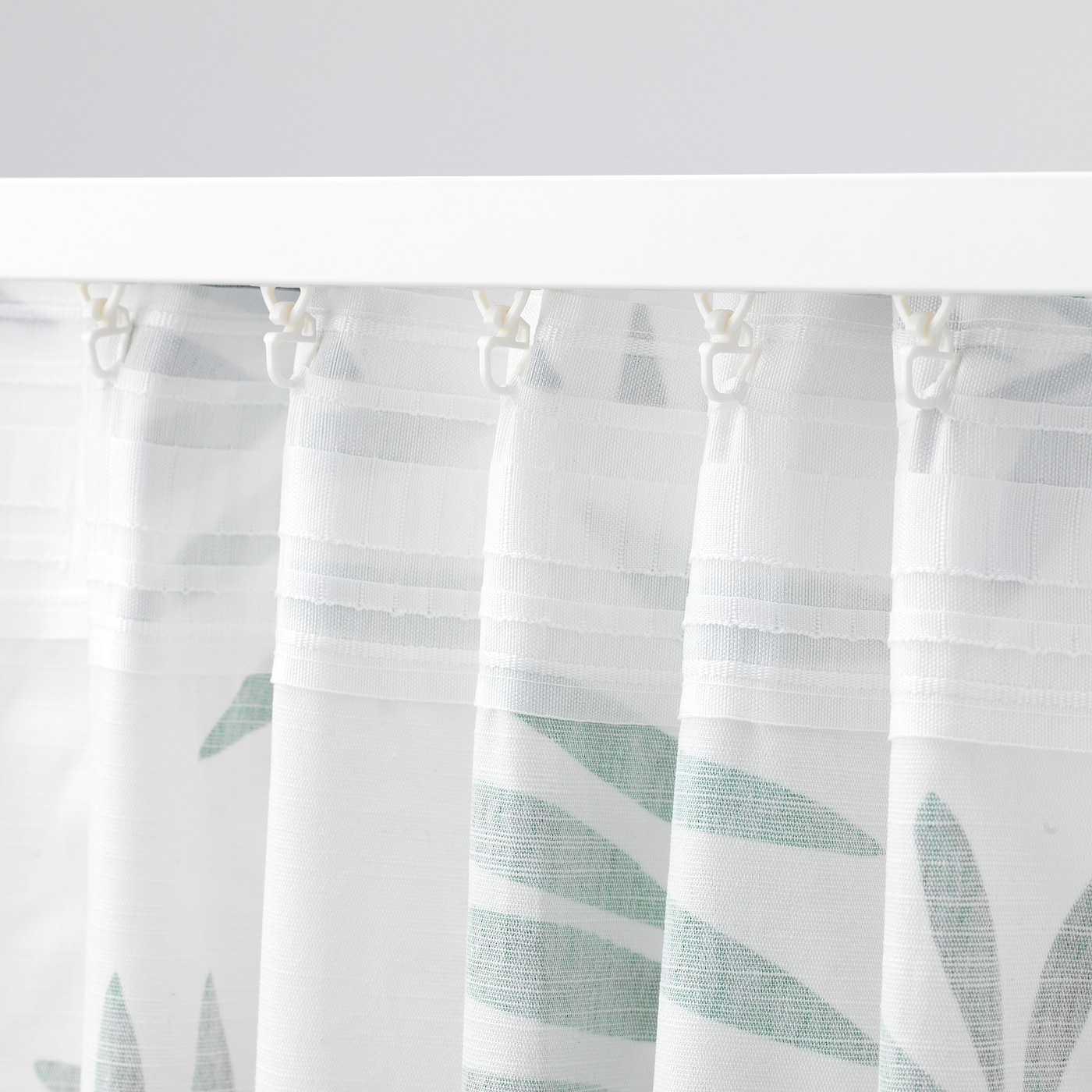 Curtains 1 Pair White Green Leaves