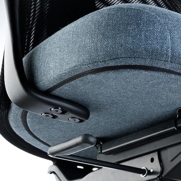 耶勒乌弗亚列特 带扶手办公椅 刚纳瑞德 蓝色/黑色 110 公斤 68 厘米 68 厘米 140 厘米 52 厘米 46 厘米 45 厘米 56 厘米