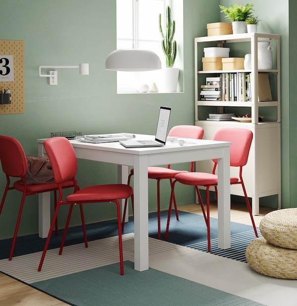 LANEBERG 兰恩贝里 / KARLJAN 卡尔延 一桌四椅, 白色/红色 红色, 130/190x80 厘米
