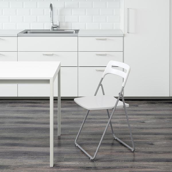 尼斯 折叠椅 银色/白色 100 公斤 45 厘米 47 厘米 76 厘米 39 厘米 42 厘米 45 厘米