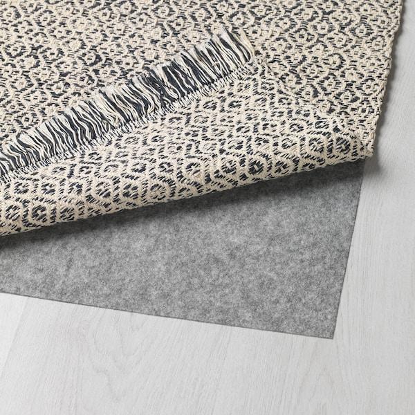 瑞雪儿 平织地毯 黑色/自然色 150 厘米 80 厘米 2 公斤 1.20 平方米 1900 克/平方米