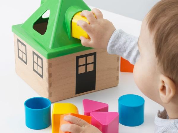 2006年,宜家决定放弃在所有塑料儿童玩具中使用双酚A(BPA)。