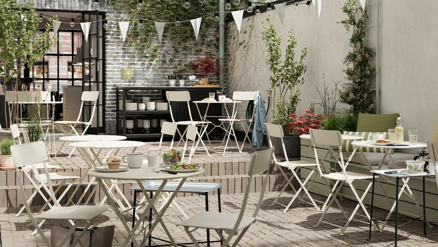 如何设计一个温馨宜人的露天咖啡馆。