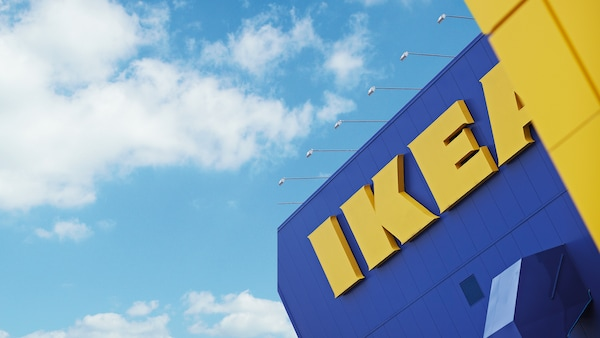 IKEA store appearance, blue walls and yellow logo