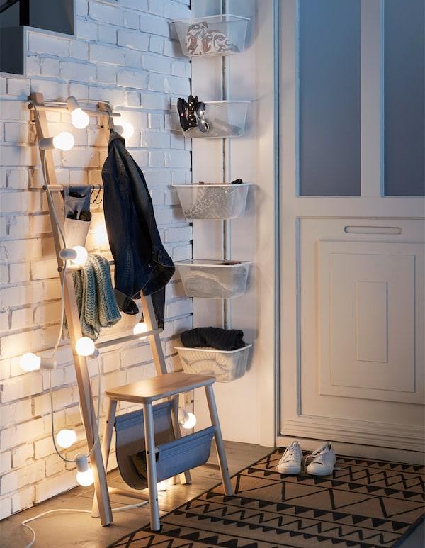假期到来前整理好你的家!你能想到哪里不用存储东西吗?你可能想不到,我们也想不到,所以我们打造了 ALGOT 艾格特 产品。不论是放在卧室的书,还是门厅的外套,ALGOT 艾格特 都能帮你最大限度地利用空间。