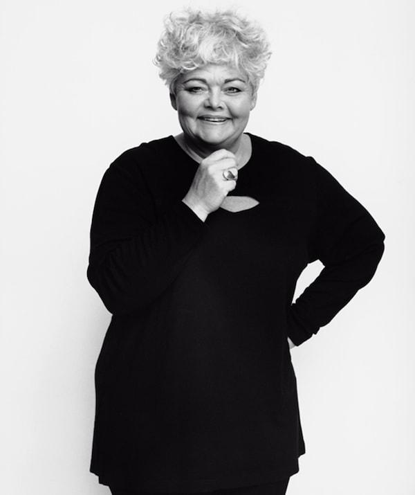 经典宜家玩具设计师Anna Efverlund的黑白肖像。