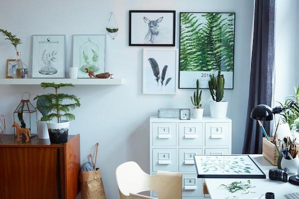 Margo利用室内植物来为她简约风格的家增添色彩。