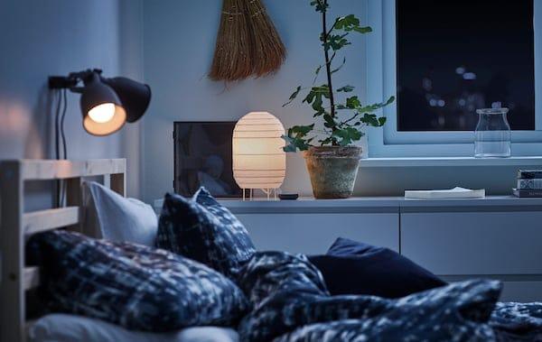 想要在家里营造出柔和、舒适的氛围?只要有合适的照明产品就可以!