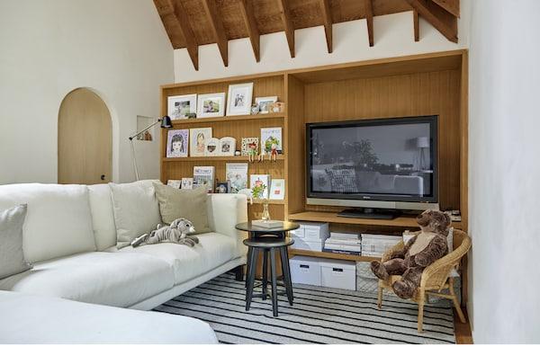 用大件家具划分空间