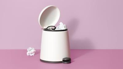 垃圾桶和废纸篓